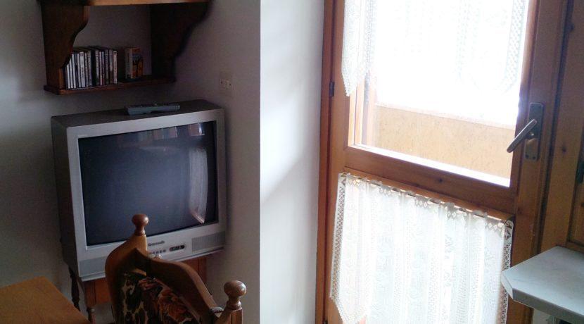 angolo tv porta loggia (2)
